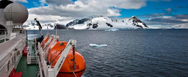 g-adventures-antarctica