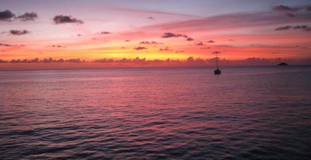 seychelles-the-moorings-sunset