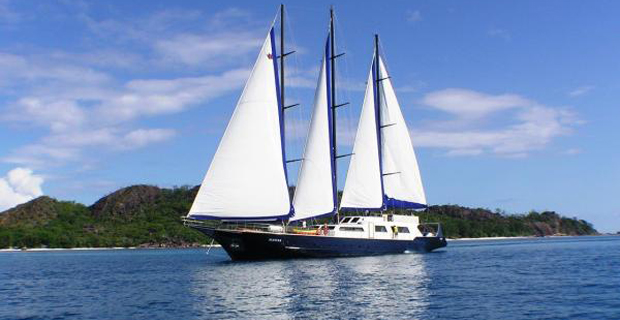 silhouette-cruises