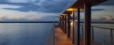 Building the Aqua Mekong , Aqua Expeditions